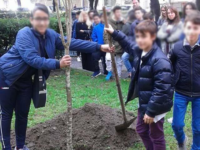 Ambiente: anche quest'anno Pontecagnano ha celebrato la Festa dell'Albero