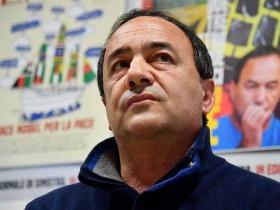 Chiesto il rinvio a giudizio per il sindaco di Riace Mimmo Lucano: udienza fissata davanti al gup per il prossimo primo aprile
