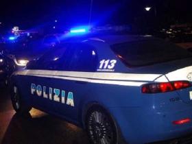 Polizia scopre a Le Castella abitazione utilizzata per la produzione e lo spaccio di sostanze stupefacenti: arrestato 33enne crotonese